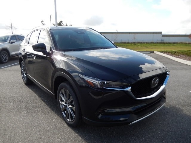 New 2019 Mazda CX-5 Signature With Navigation & AWD